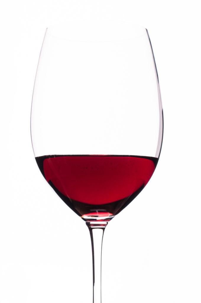 Rortwein Bordeaux im Weinglas