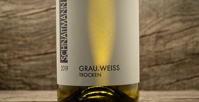 GRAU.WEISS 2019 – Weingut Schnaitmann